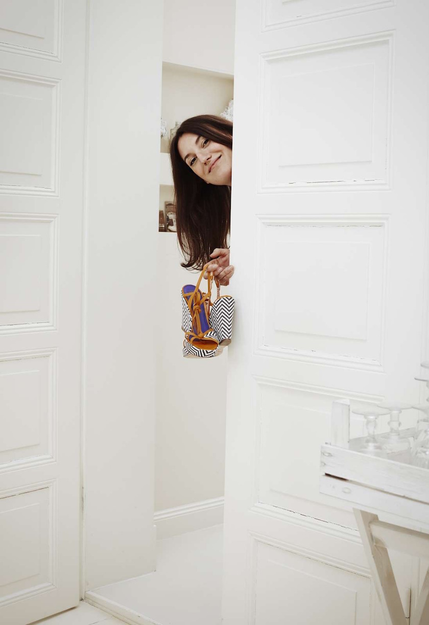 woman shoes door white look head hide hiding