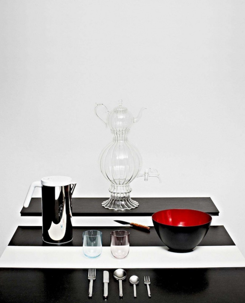 tea glass bowl black red samovar