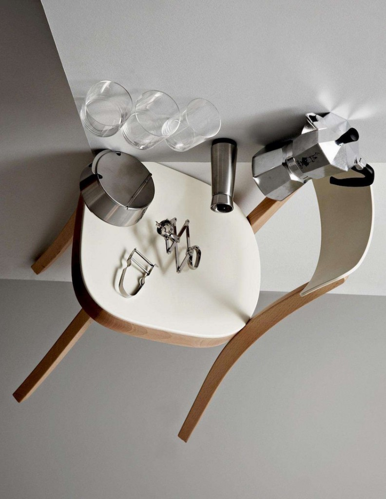 chair coffee espresso glass ashtray white
