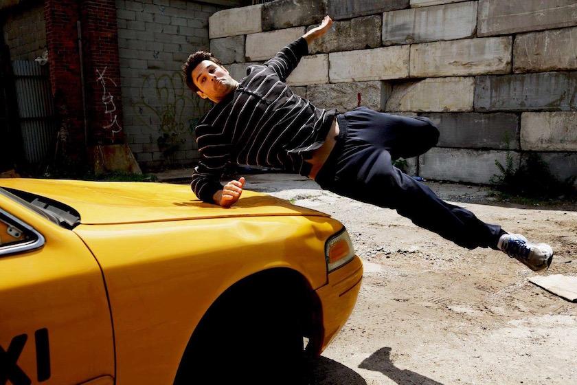 photograph photographer photo photographers photography man outside car cab taxi drive accident crash jump hurt