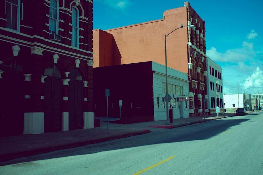 photo photos photography photographer photographers city street green blue building buildings