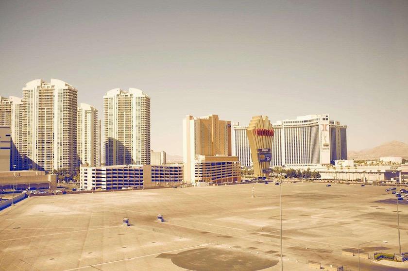 photo photos photography photographer photographers building sun sunny buildings hotel hotels cityscape