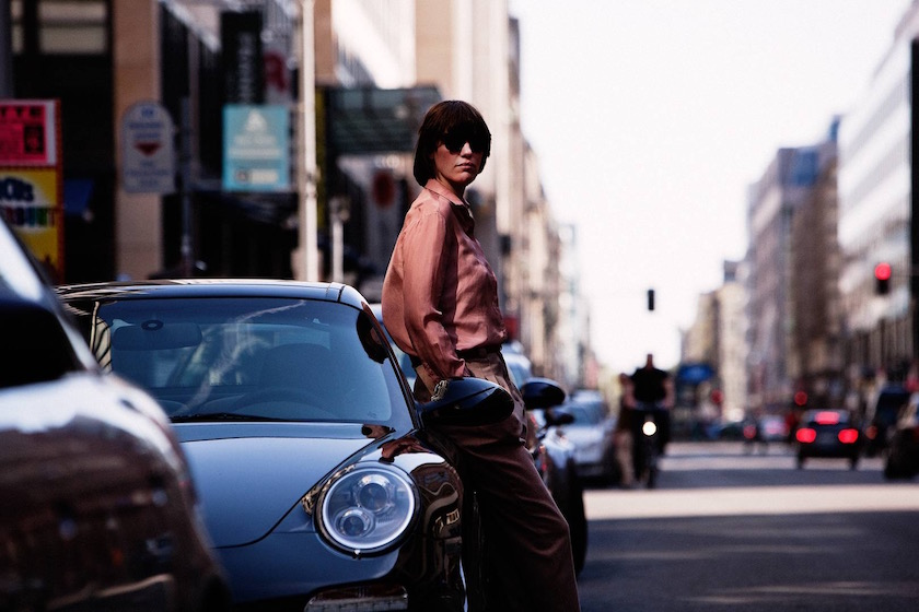 photo photos photography photographer photographers car woman bright street lean city