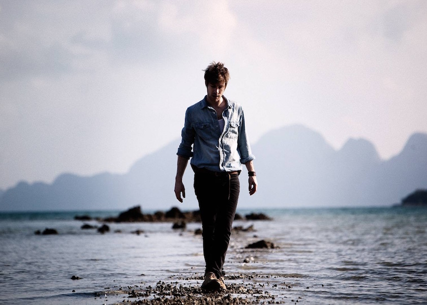 photo photos photography photographer photographers man young walk walking beach water sea stone stones step fullbody