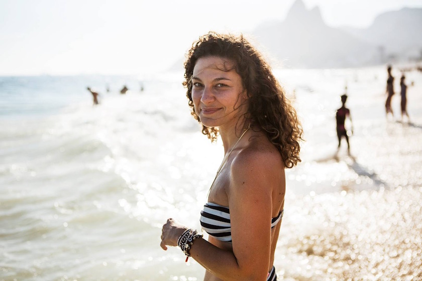 photo photos photography photographer photographers woman young beach sun sunny summer bikini stripes water sea ocean brazil face curly head smile smiling