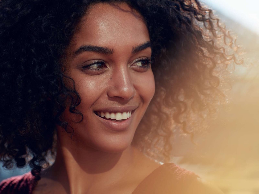 photo photos photography photographer photographers woman young face head smile expression blurry black curly