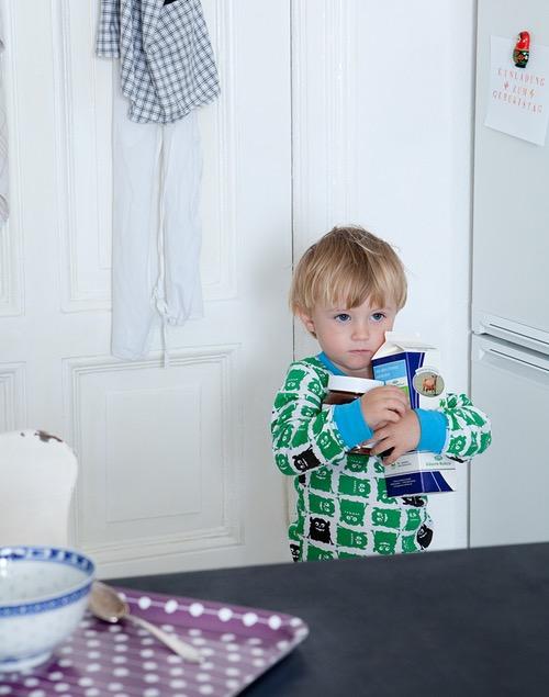 photo photos photography photographer photographers picture pictures image images kid kids boy boys child children kitchen breakfast milk nutella blond