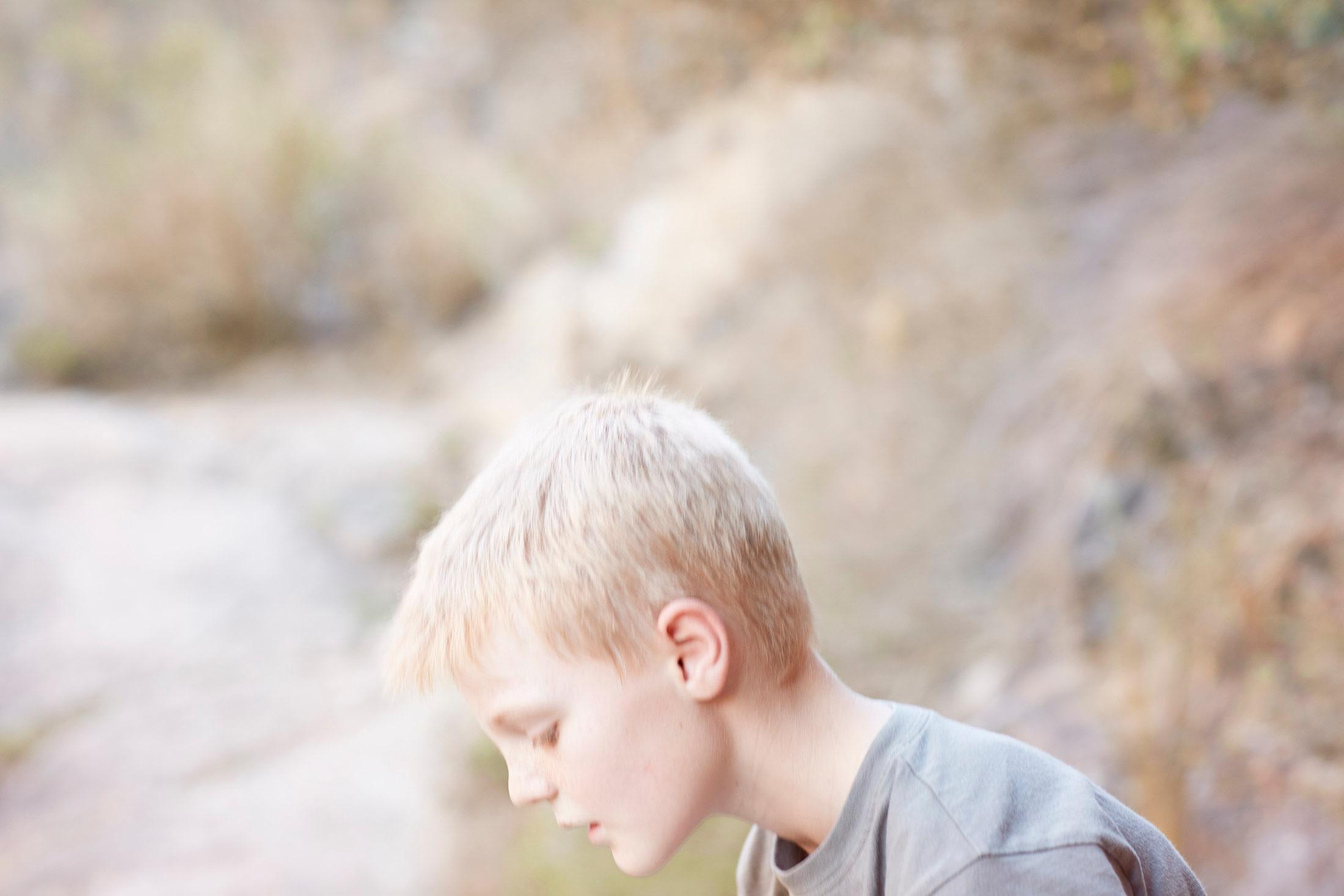 photo photography photographer kid child children boy blond head