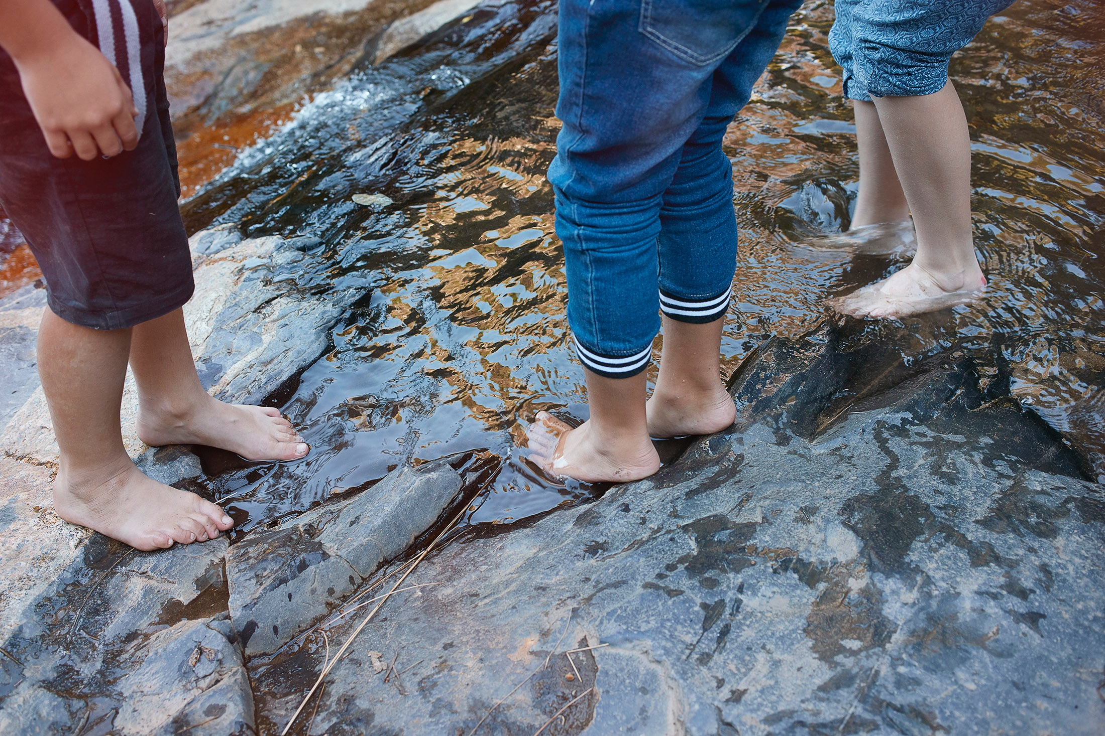 photo photography photographer kid child children rocks stones river water adventure friends wet feet