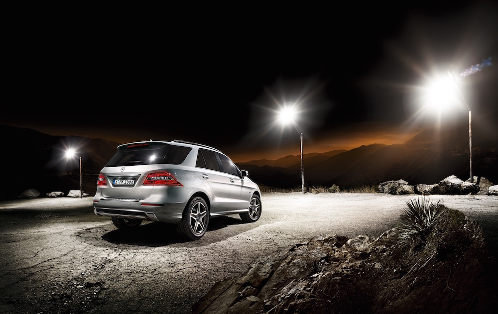 photographer photography photo dark night suv mercedes car silver spotlight