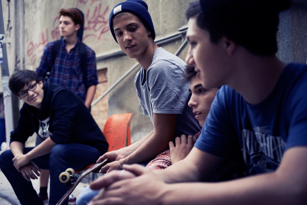 photo, photos, photography, photographer, photographers, boy, boys, smile, smiling, skate, skating, skateboard, beanie, glasses