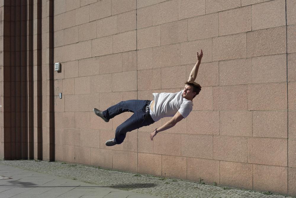 photo, photos, photography, photographer, photographers, man, men, brunette, jump, building, urban, fantasy, jumping