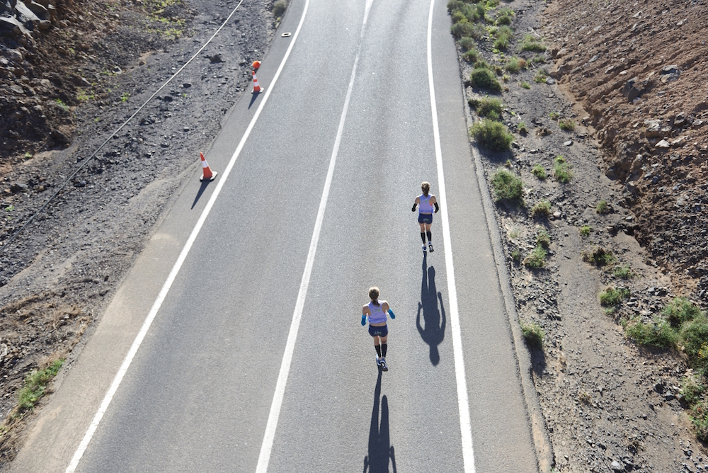 photo, photos, photography, photographer, photographers, run, runner, running, action, active, women, woman, road, roads, sunny, sunlight