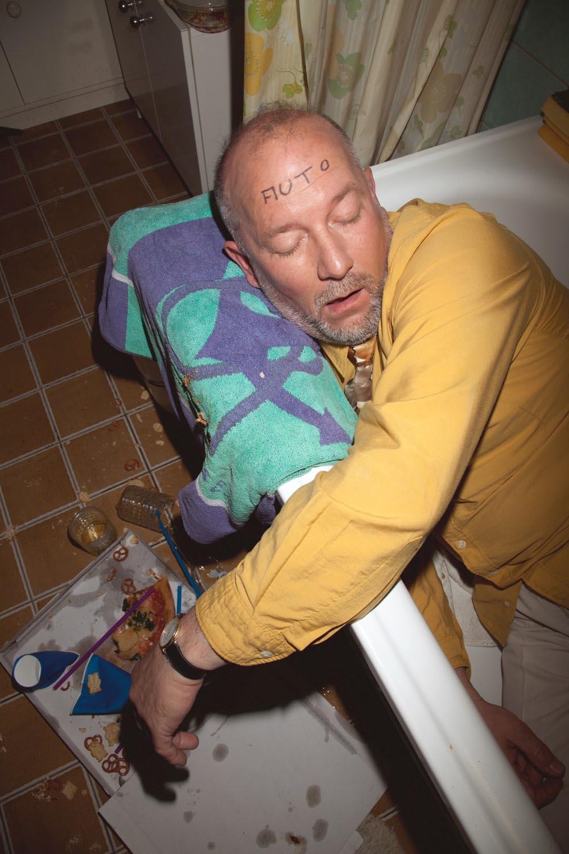 people man men drunk trash wasted waste dirt dirty bathtub senior seniors indoor