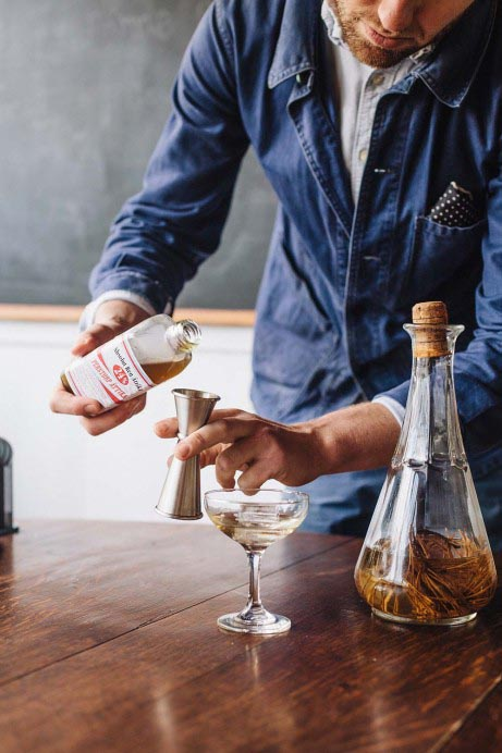 drink still table beverage beverages drinks glass bottle bar alcohol man mixing