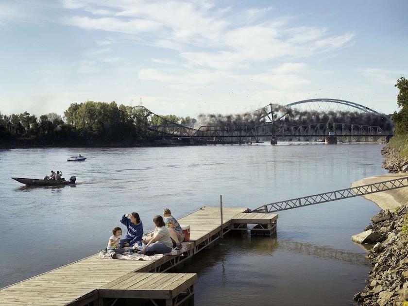 photo photos photographer photographers photography explosion smoke bridge sit sitting family picknick river water lake