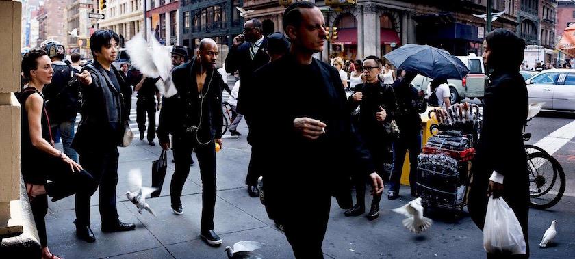 photo photos photographer photographers photography man men street pedestrian pedestrians walker walkers city walk walking