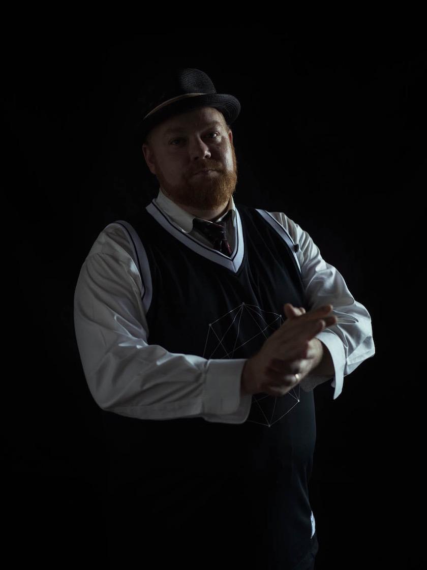photo photos photographer photographers photography man face head expression beard chubby hat