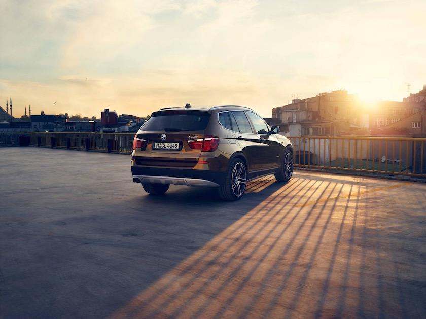 photo photos photography photographer photographers car bmw suv sun sunny sunset parked parking