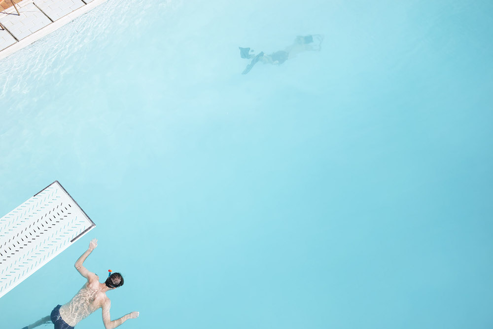 photographer photogrphy pool water wet summer sun sunny dive diver underwater snorkel blue swim swimming swimmer