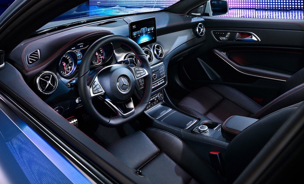 photographer photography photo car blue mercedes inside interior