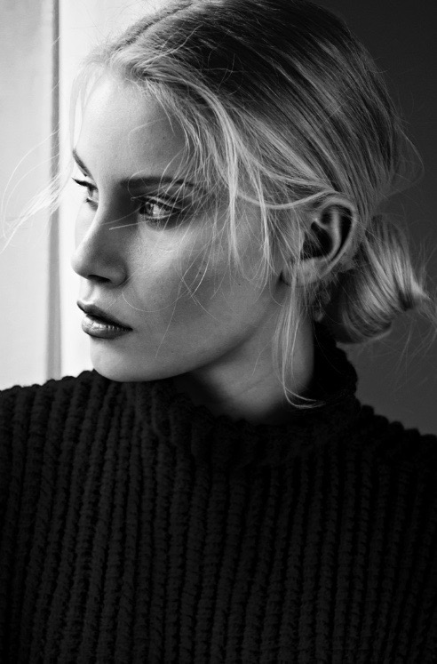 ­photo, photos, photography, photographer, photographers, woman, women, black and white, blackandwhite, bw, bun, blonde, chignon, sweater, black sweater, ribbed, texture, natural light, window, directional light, editorial, portrait, profile