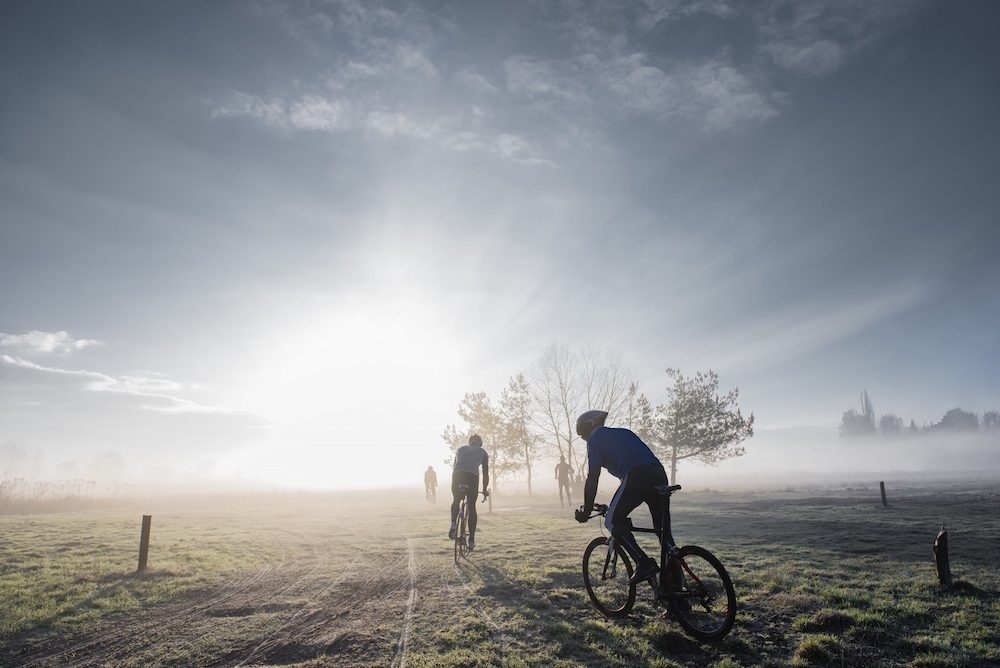 photo, photos, photography, photographer, photographers, man, men, bike, biking, tree, trees, fog, field