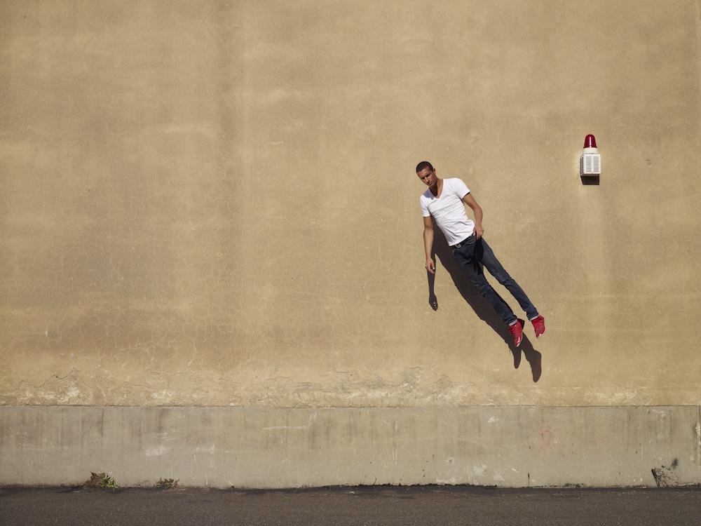 photo, photos, photography, photographer, photographers, man, men, brunette, jump, jumping building, urban, fantasy