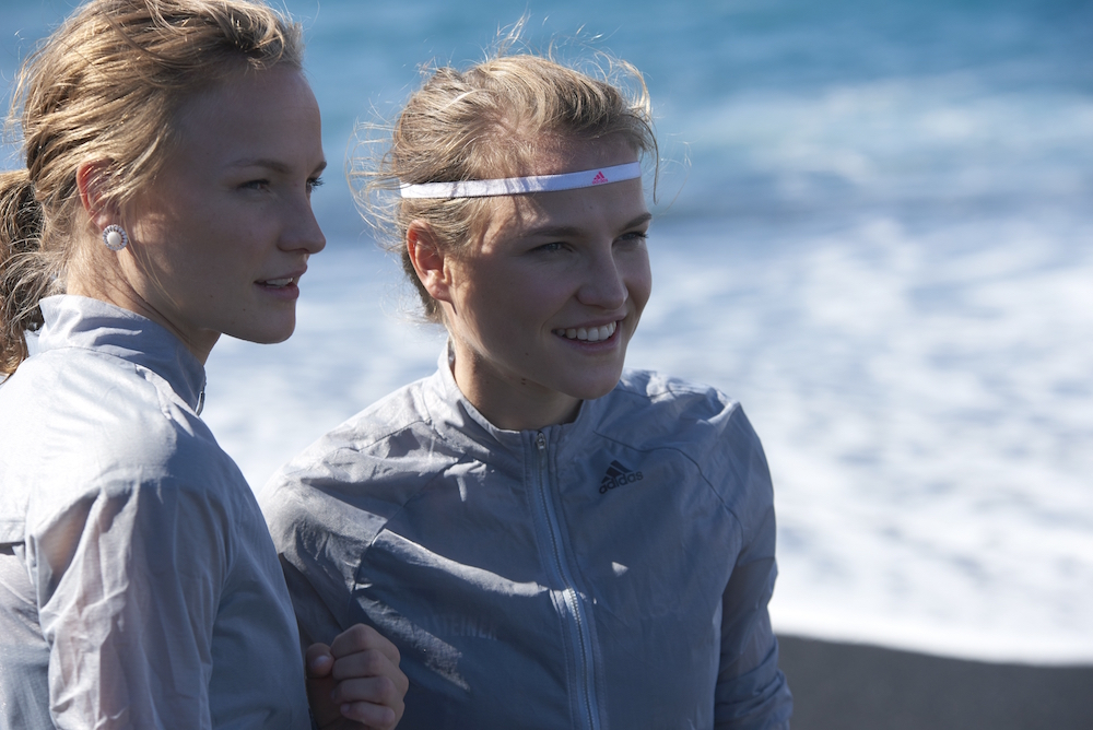 photo, photos, photography, photographer, photographers, run, runner, running, action, active, women, woman, sunlight, headband, ocean, oceans, adidas, blonde